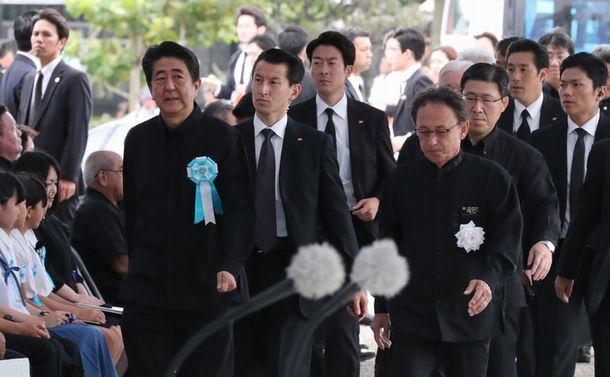 沖縄慰霊の日の安倍首相へのヤジが意味するもの