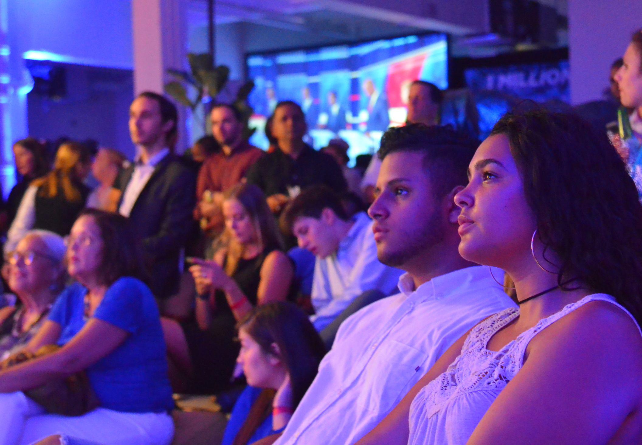 政治とメディアの「金属疲労」 テレビ討論に限界