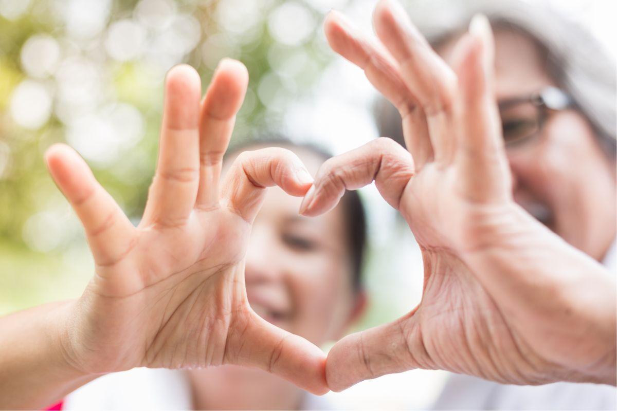 変わる家族や結婚のかたちから考える社会問題