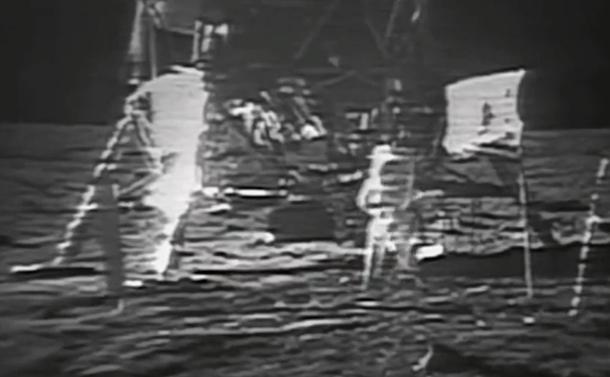 アポロ着陸と月面第一歩はどう放送されたか