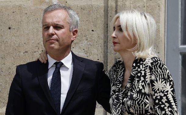 オマールエビで大臣辞任。仏政界を狙うメディア砲
