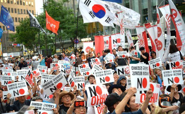 日韓の政治家たちよ、国民をあおるな!