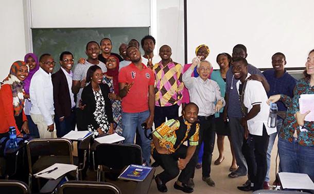 国際的教育拠点「アフリカ数学研究所」の高い志