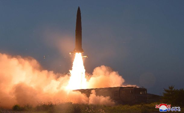 北朝鮮の短距離弾道ミサイルは許されない