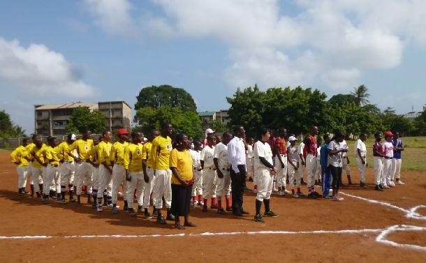 """野球がなかったタンザニアで""""甲子園""""が始まった"""