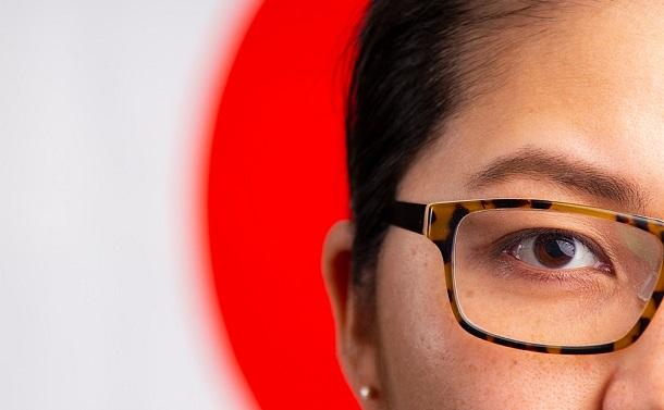 眼鏡禁止騒動。どこが女性差別かわからないのだが