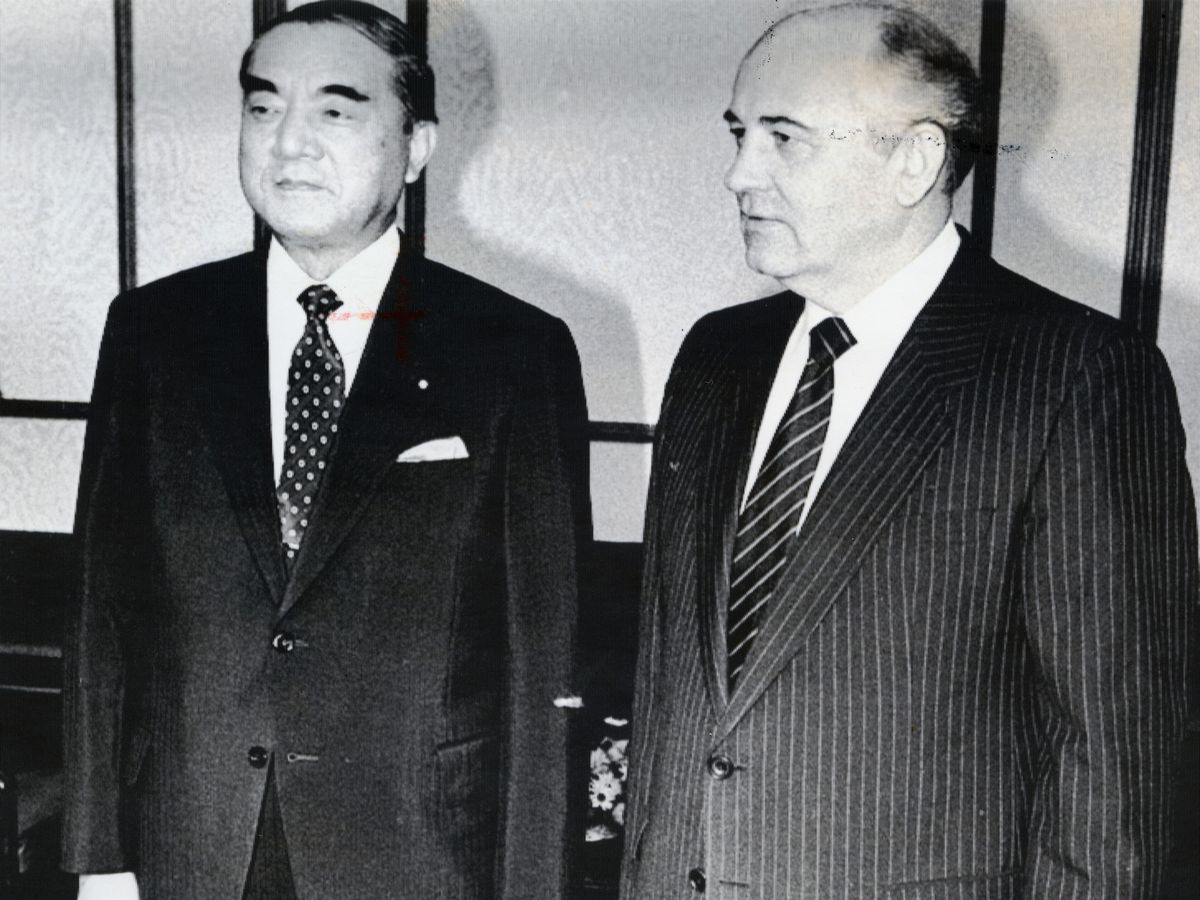 北方領土問題、「小和田メモ」に見る政と官の攻防