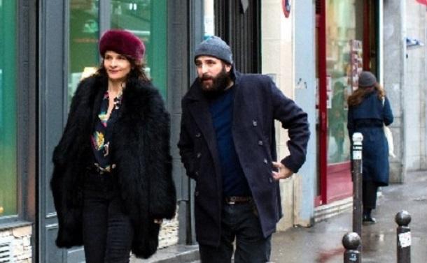 『冬時間のパリ』――デジタルをめぐる相反感情