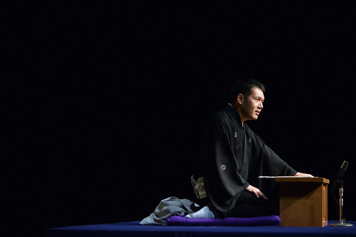 講談師、神田松之丞が示した「連続読み」の力
