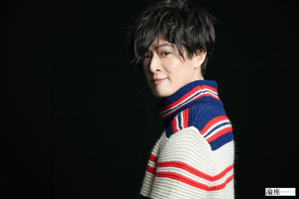 新納慎也が『十二夜』で恋する公爵を演じる/下