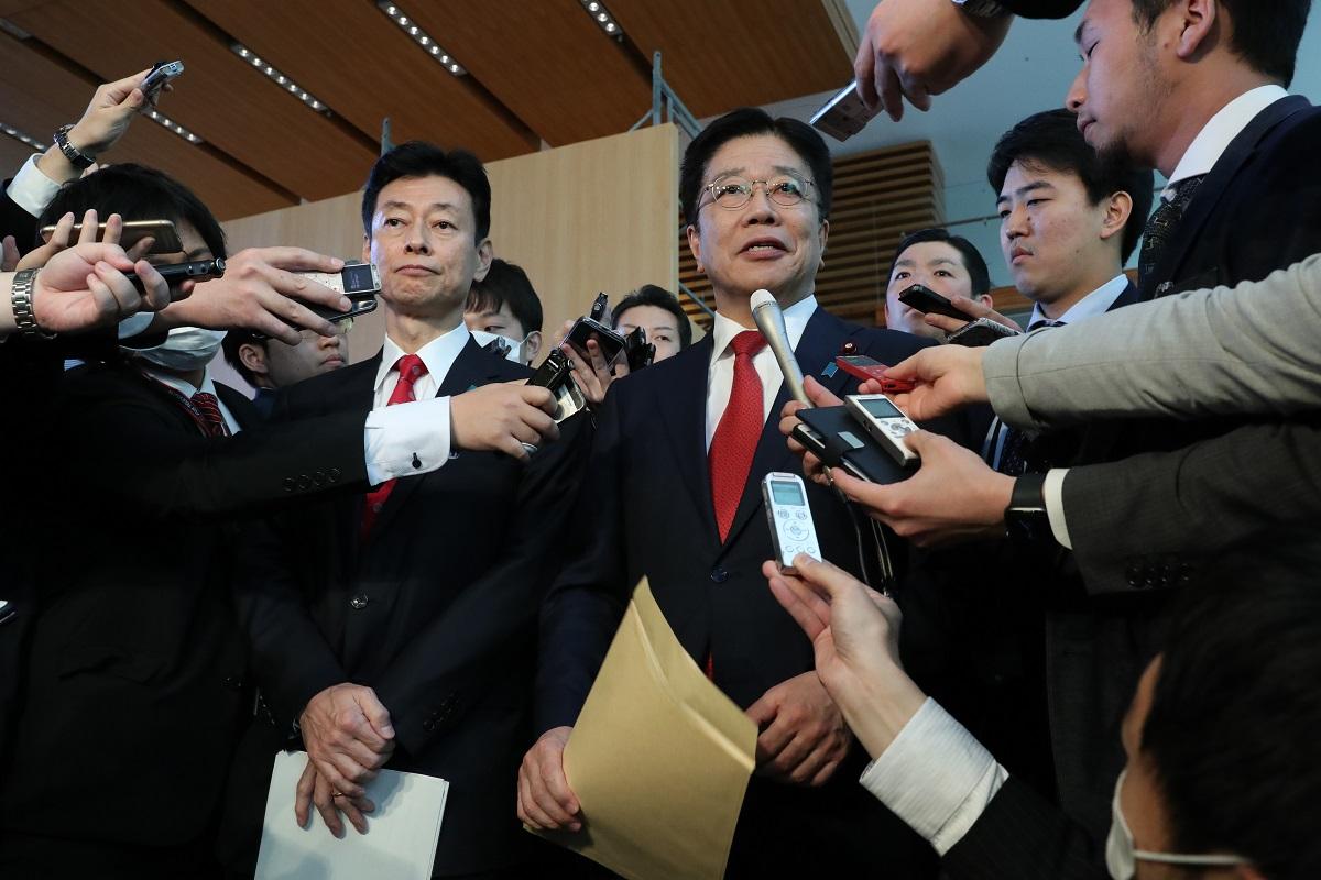 コロナ対策 従順なはずの日本がなぜ「総力戦」を闘えないか