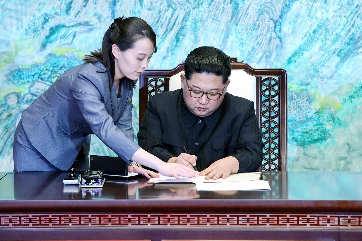 北朝鮮中枢、動静に迫る困難と「金正恩不在」の深淵