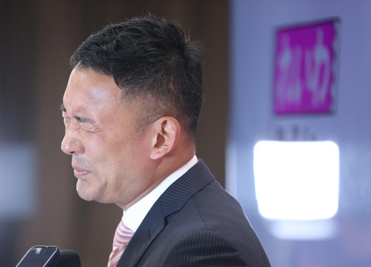 創価学会 山本太郎 創価学会は、池田大作死亡後のカリスマとして「山本太郎」を担ぎ上げるも失敗している模様。