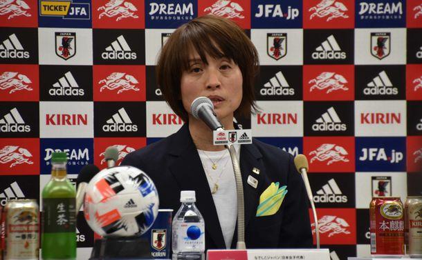 女子サッカー初のプロ指導者資格が始動 サッカー界は女性活躍に貢献できるか