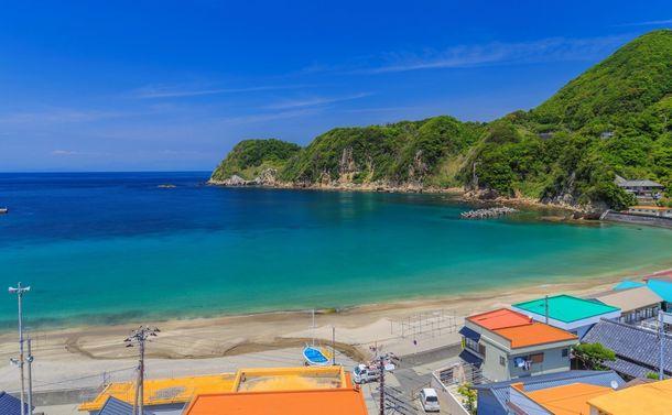 日本の原風景伝える海辺の町へ~京アニ犠牲の大村さんも描いた伊豆・松崎町