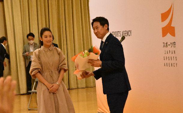 スポーツ庁初代長官・鈴木大地氏が退任。四つの観点から5年間を評価する