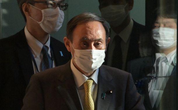 菅内閣支持率は崩壊寸前 近視眼的政策からコロナ対策に「全集中」できるか?