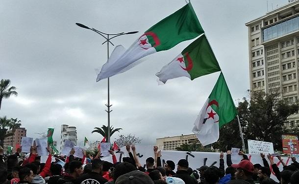 コロナ禍に乗じてアルジェリア政府がデモを規制、高まる国民の不満