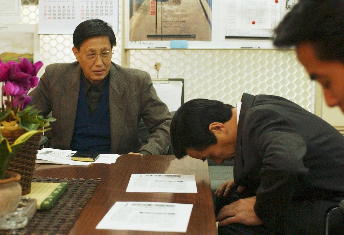 「政治の失敗」が招いた専門学校生5人の宿泊拒否