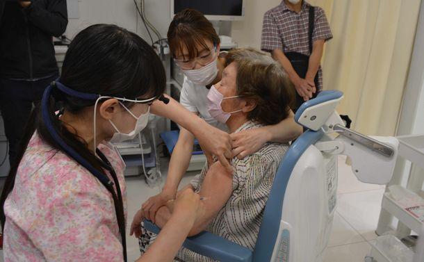 ワクチン外国依存の屈辱~新型コロナで露呈した日本の劣化