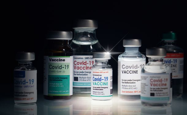 ワクチン失政――ゲームチェンジャーを見誤ったツケはかくも大きい