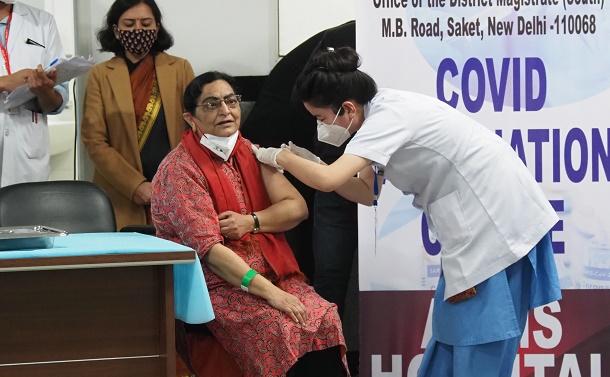 コロナ患者が急増したインドでイベルメクチンをめぐり論争