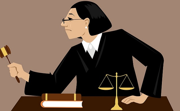 夫婦別姓訴訟で違憲と言えない裁判所には「クオータ制」という手術が必要だ
