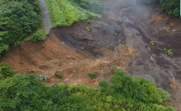 熱海土石流はなぜ発生したのか?~伊豆山のドローン動画を地質学者・塩坂邦雄氏が読み解く
