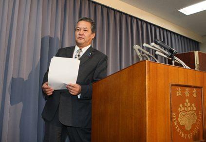 《詳録》尖閣沖衝突事件容疑者釈放に関する柳田法相の記者発表ほぼ全文