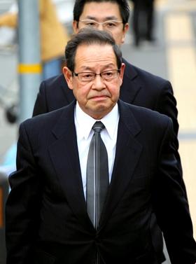 JR西前社長、無罪主張 宝塚線脱線事故初公判 神戸地裁