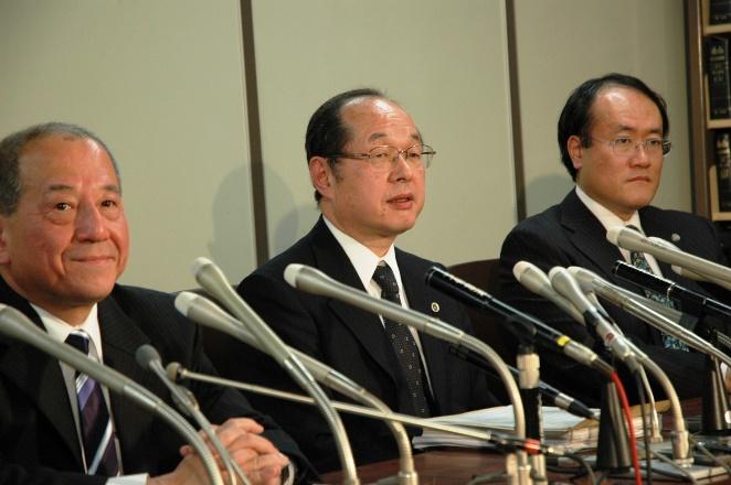 検察官役の弁護士「小沢氏起訴は法曹としての良心に恥じない」