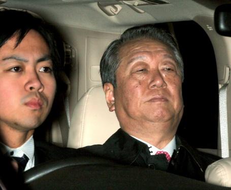 小沢氏vs裁判官やりとり一問一答「報道後も秘書を呼んで確認したことない」