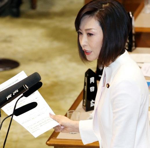 三原じゅん子参院議員の「八紘一宇」に安倍首相「正直者がばかを見てはならない」