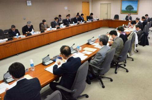 公益通報者保護法の改正の方向性を示す 消費者庁の検討会