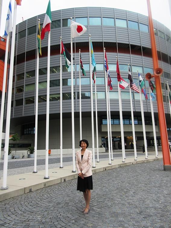 ウィーンの国際原子力機関(IAEA)の法務部で働いた経験
